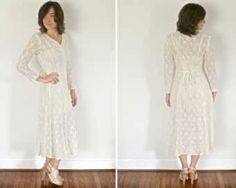 Lace Long Sleeved Wedding Dress / Rehearsal Dinner Dress - Perfect for Fall!