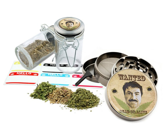 "El Chapo - 2.5"" Zinc Alloy Grinder & 75ml Locking Top Glass Jar Combo Gift Set Item # 50G011516-3"