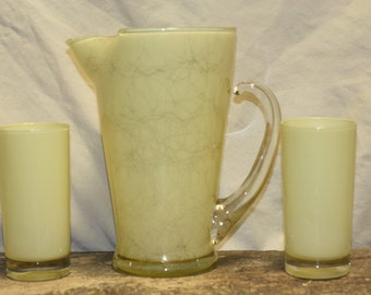 Retro  Glass Pitcher with 2 glasses