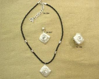 HAND MADE JEWERLY necklace set bracelet