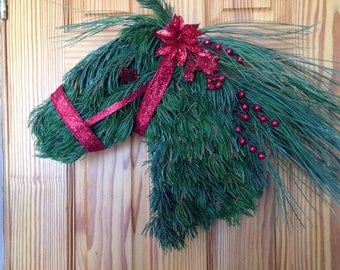 Happy Holiday Horse Head Wreath -medium - red bell