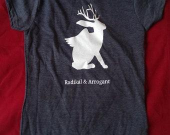 T-Shirt radical & arrogant
