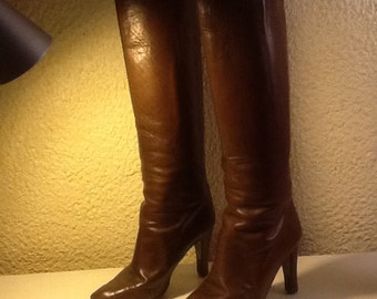 Vintage 37 size Brown leather boots
