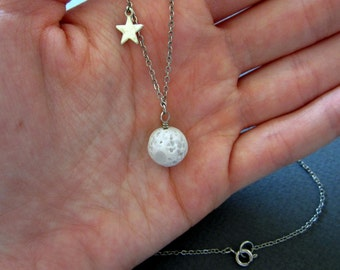 Moon and star. Necklace.