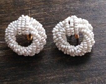 white beaded vintage screw back earrings, vintage earrings, white earrings, screw back earrings, 1980's earrings