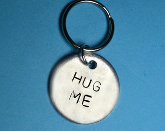 Best friend gift, Hug me, Birthday gift, Hand stamped key chain,Personalized keyring, UK ,Handstamped keyring, Custom, Gift for her, Cute