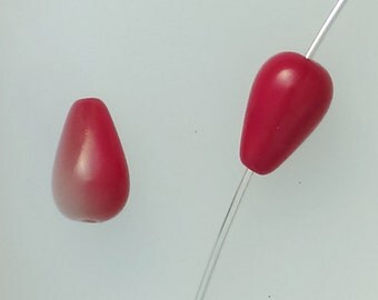 Red glass teardrop beads