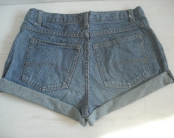 Vintage High Waist Striped Jeans Shorts