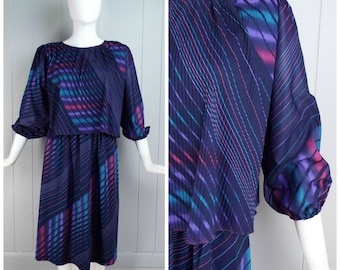 Vintage Late 1970s Bold Diagonal Stripe Dress with Micropleats and Puff Sleeves | Size S/M
