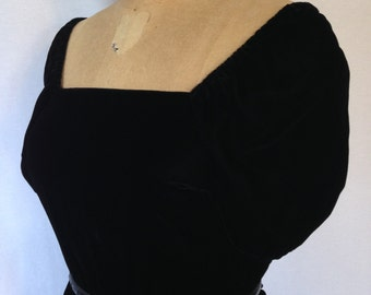1980s black velvet dress by Samuel Blue