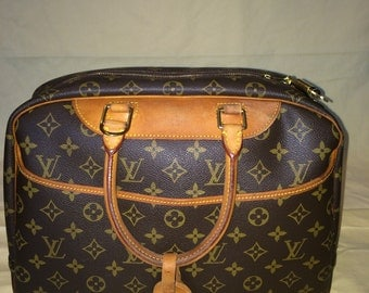 SALE 552! Vintage Authentic Louis Vuitton Deauville Beauty Travel Bag