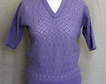 Stunning Vintage 1960's Soft Purple Knit Pull Over/ Sweater Medium.