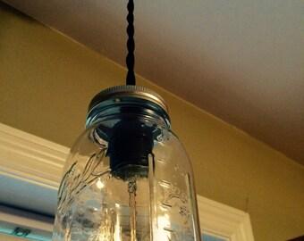 Single Mason jar fixture