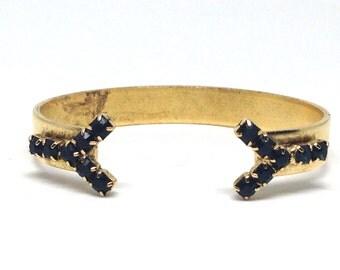 Pleasing Black Vintage Estate Rhinestone Gold Tone Cuff Bracelet