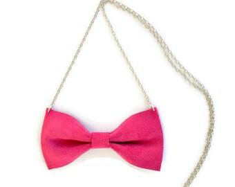 Leather bow tie necklace / Fuchsia bow tie necklace / Pink bow tie necklace / Statement necklace / Genuine leather / Fuchsia leather