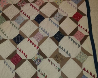 Vintage Full Size Thread Spool Quilt