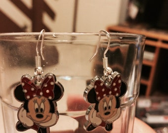 Minnie Mouse Earrings   A4