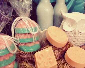 Peppermint Vanilla handmade soap and loofah