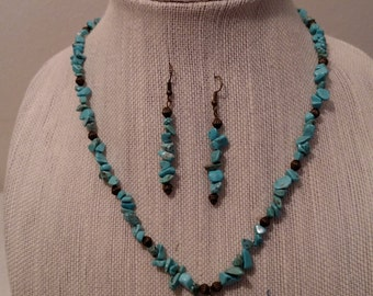 Turquoise and antique gold jewelry set