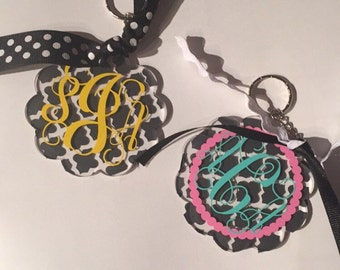 Scalloped key chain, custom colors and monograming available!