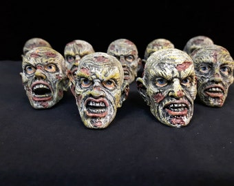 9x Collection of 9 pcs - Zombies / Zombie Head - Different Types - 3,5cm tall - Walking Dead!