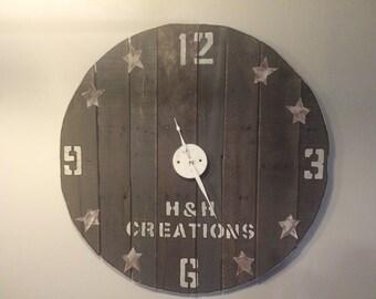 Star Pallet Clock