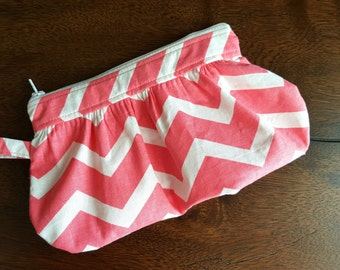 Pink and White Chevron Pleated Gathered Wristlet