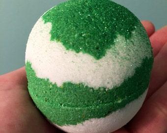 Da lime in da coconut bath bomb