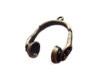 1 pc Bronze Headphone Charm | Music Charms, Musician Charms, Music Pendant, Earwire Charms, Earpod Charm, Musician Jewelry, Music Jewelry