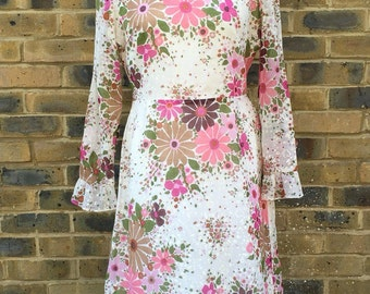 the house of lavinia vintage seventies floral dress georgette dress | size medium