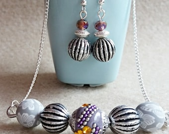 Beaded bar necklace and matching earrings