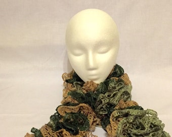 Sashay scarf, ruffle scarf, scarfs, scarf, green scarf, frilly scarf