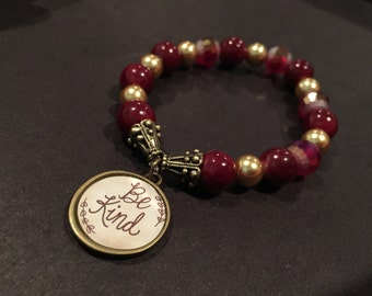 Be kind - Vintage red and gold