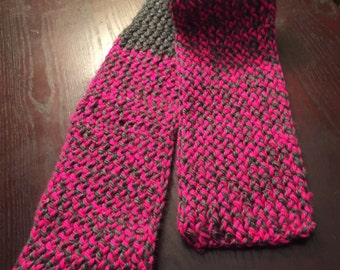 Grey and hot pink chunky scarf