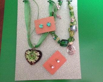 funky green jewellery set