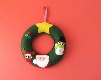 """10"""" Christmas novelty Wreath, Handmade Christmas wreath, Door wreath , Christmas characters wreath, Felt Wreath"""