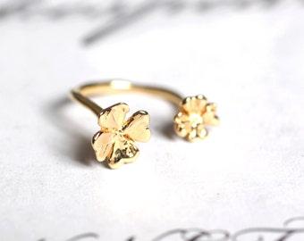 four-leaf clover ring