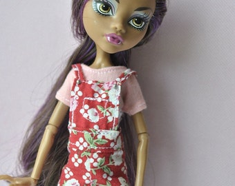 Handmade top and shorts  for Monster High dolls