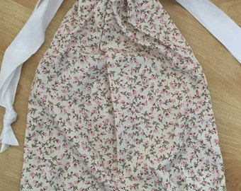 Vintage traditional feel Ditsy floral fabric bag