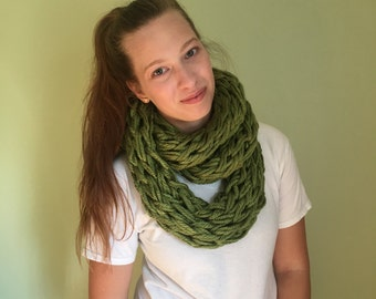 Army Green Hand-knit Chunky Scarf