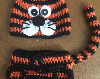 Tiger hat and diaper cover set- newborn size
