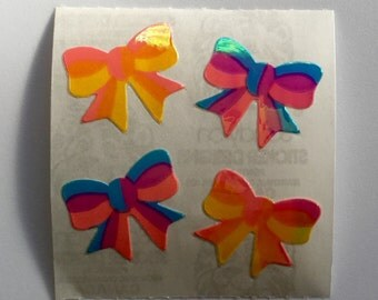 Pearl Vintage Sandylion Rainbow Bow Stickers