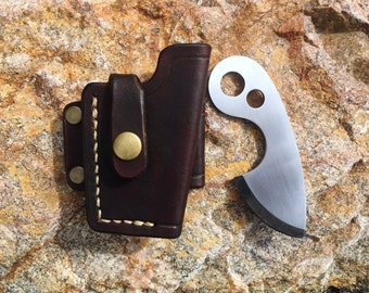 The Cricket - Knife with side-carry tactical leather sheath