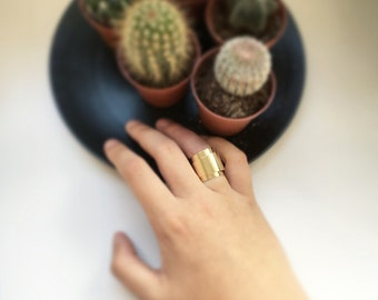 Flower gold ring