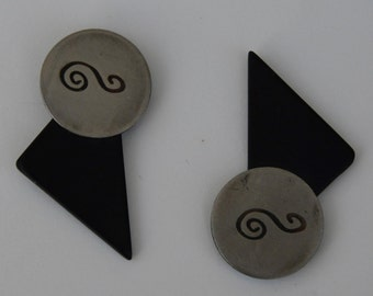 modern   look earring,black color,unique look,special gift,silver metal