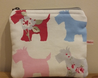 doggy zip up bag