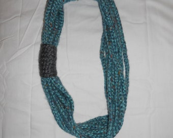 Bulky Layered Chain Scarf in Teal Multi w/ Grey Accent