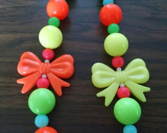 Neon Bows Bright Yellow and Orange Toddler Girls Bubblegum Necklace.  80's throwback neon Gumball Necklace