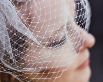 Ivory Birdcage Veil, netted bridal veil, retro wedding hair accessory, mini blusher, mini veil, french, vintage style, Russian, keepsake box