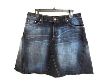 Skirt vintage in faded jeans of trademark Mavi. Wide skirt.